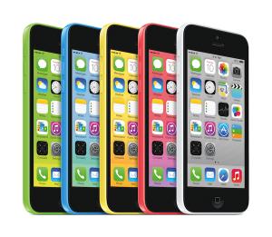グリーン、ブルー、イエロー、ピンク、ホワイトの5色から選べるiPhone 5c